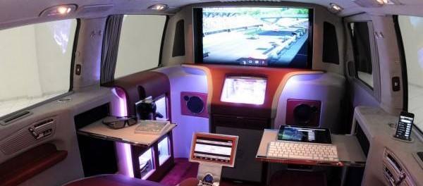 Телевизор в машине